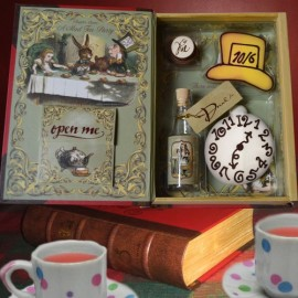 Alice-in-Wonderland-Tea-Party-Set-with-Chapter-7-A-Mad-Tea-Party-Booklet-Cookies-and-Chocolate-Candy-Cake-Birthday-Playset-0