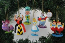Disneys-Alice-in-Wonderland-Ornament-Set-Limited-Availability-6-Ornaments-Included-0