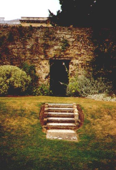 Door to Wonderland