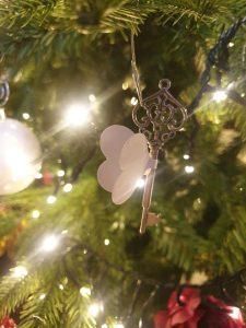 Key tree ornament